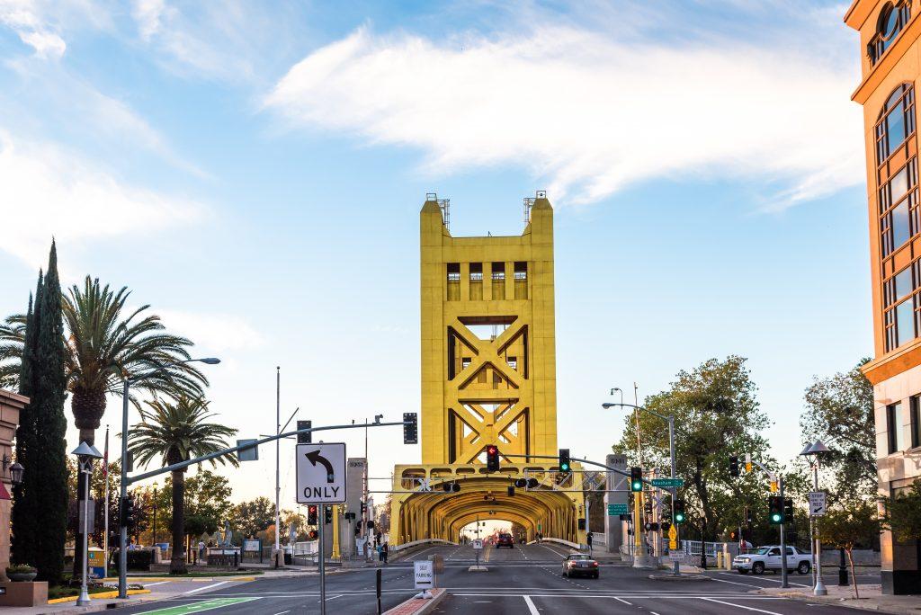 Das California Campus Program führt AKAD-Studierende nach Sacramento.